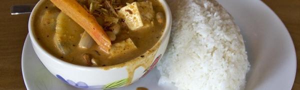 *Massamun Curry